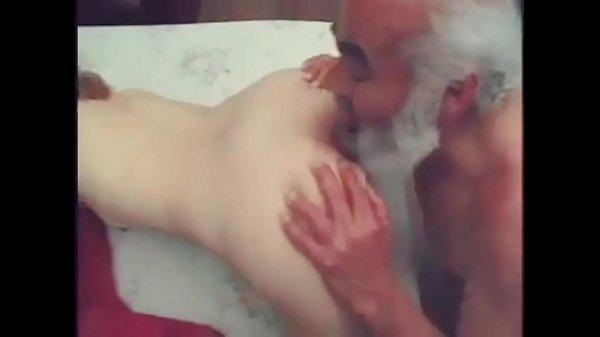 Peli porno gratis de nietas cachondas con abuelos guarros Videos Porno Abuelos Y Nietas Follando X Porno Incesto